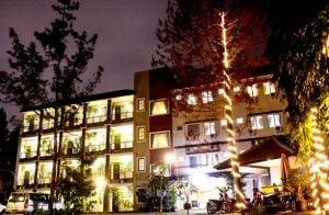 lotus hotel and cafe bandung