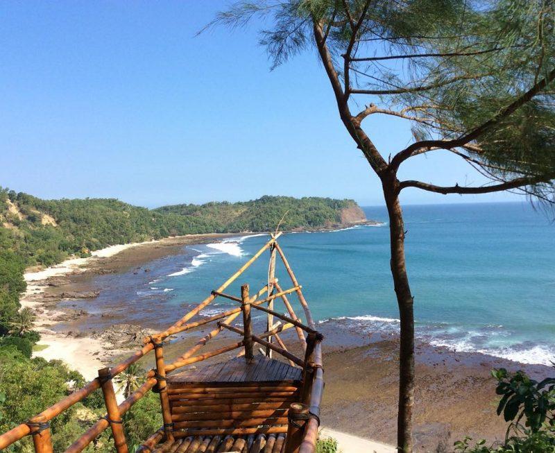 Pantai Nampu Gunungkidul Spot 1