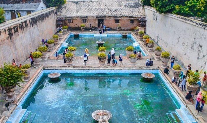 2 kolam