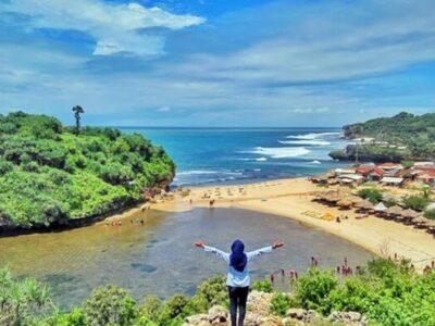 Pantai Drini, Spot Snorkeling Yang Indah di Jogja