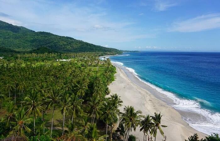 Pantai Senggigi 2