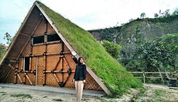 Rumah rumput