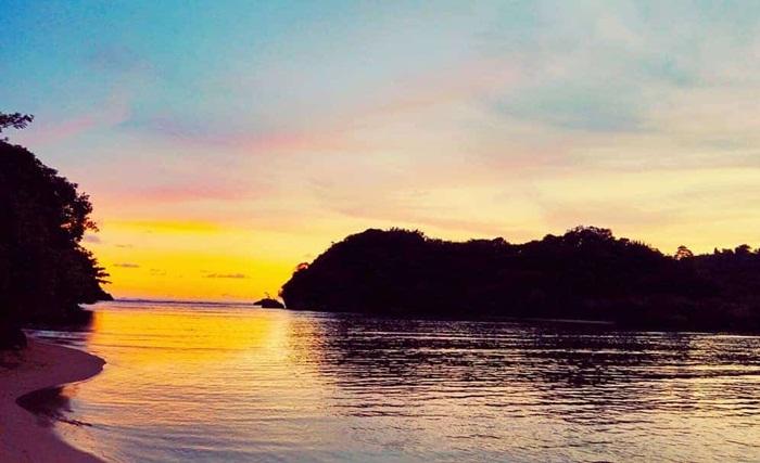 Sunset-Pantai-Clungup