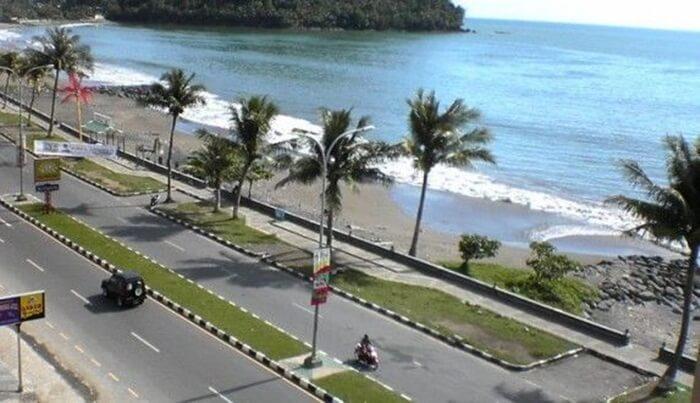 track jogging Pantai Padang