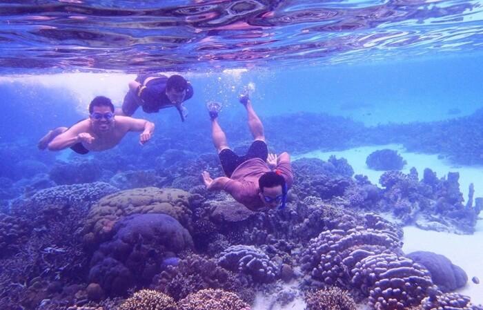 Snorkeling Pantai Bira