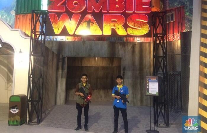 Perburuan zombie, salah satu atraksi wisata yang disuguhkan di trans studio cibubur yang menantang keterampilan dan mengundang ketegangan