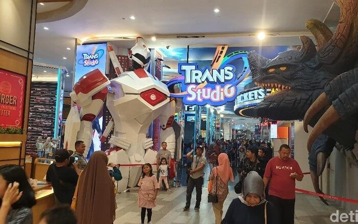 Trans Studio CibuburTaman Indoor Dengan 5 Zone Tercanggih di Indonesia