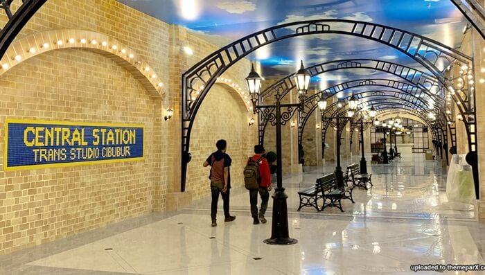 Zona Trans Station, lokasi fasilitas umum dipusatkan