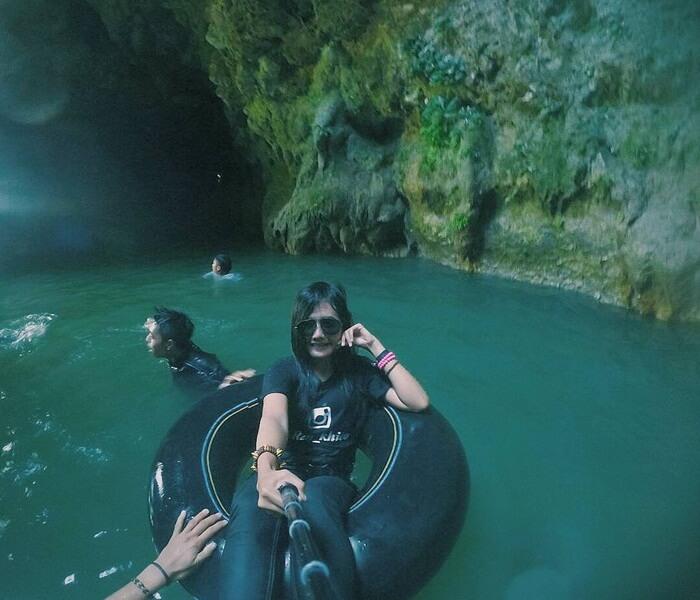 Goa liang Tapa emmeilki alirans ungai bawah tanah yang cukup besar