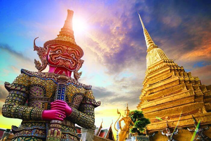tempat wisata di thailand hadir denagn berbagai pilihan, mulai dari wisata alam,s eharaj, kebudayaan, hingga hiburan malam