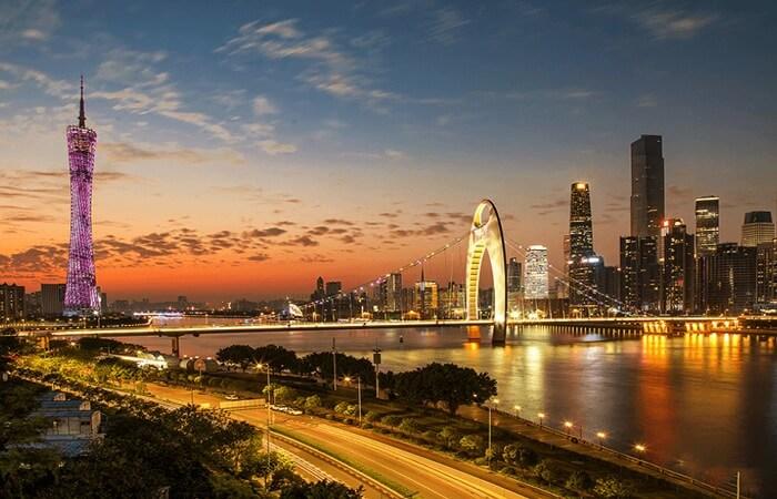 Tempat wisata di Guangzhou variatif dan menarik. Mulai alam, budaya, religi, belanja, kuliner, hingga hiburan malam