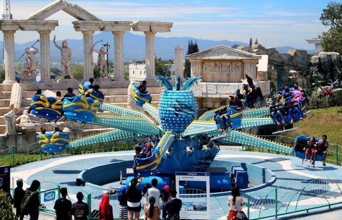 Funland Mikie Holiday merupakan salah satu yang menyediakan kombinasi sempurna antara Panorama dan Taman Hiburan.