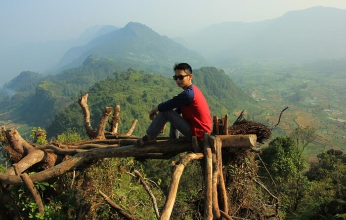 tempat wisata pekalongan Puncak Tugu merupakan puncak dari Pegunungan Kendeng dengan ketinggian 1.930 mdpl