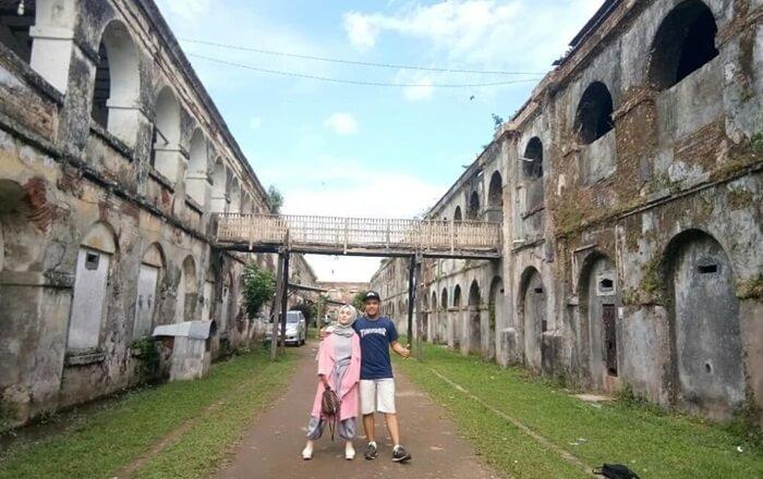 Benteng tempat wisata ambarawa ini dibangun pada tahun 1834 dan selesai 1845.