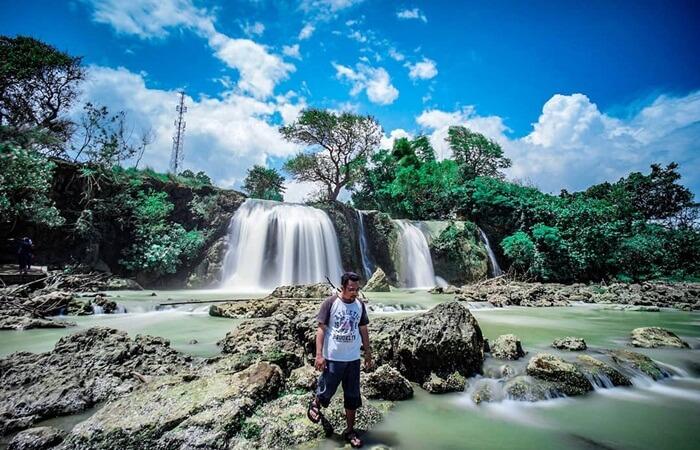 tidak sedikit tempat wisata Madura yang asyik, murah dan Instagramable. Madura memiliki tempat Wisata Alam, Wisata Keluarga, Wisata Anak, Air Terjun, dan Danau.