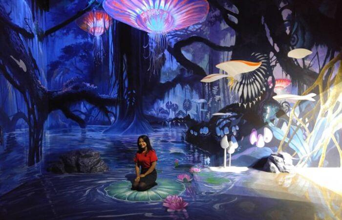 Black Art Zone di Mazing Art World Bandung ini diambil dari alur cerita film avatar yang melegenda itu.