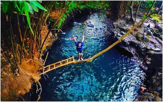 Namun karena disekitar sungai memiliki suasana alam yang alami dan air yang jernih membuat para wisatawan penasaran ingin mengunjungi tempat wisata Sleman ini.
