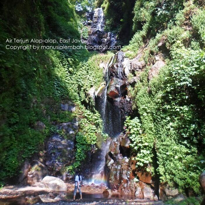 Tempat wisata Tretes Air Terjun Alap-Alap berada di area pegunungan Arjuno-Welirang, berada diatas air terjun Kakek Bodo.