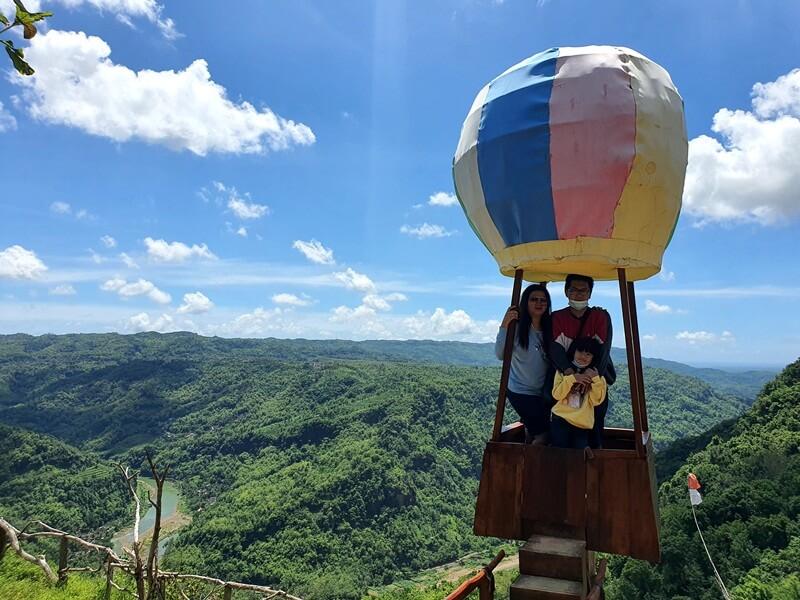 Berfoto Di Balon Udara
