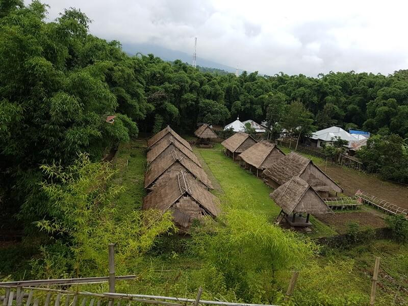 Rumah Bersejarah Di Desa Beleq