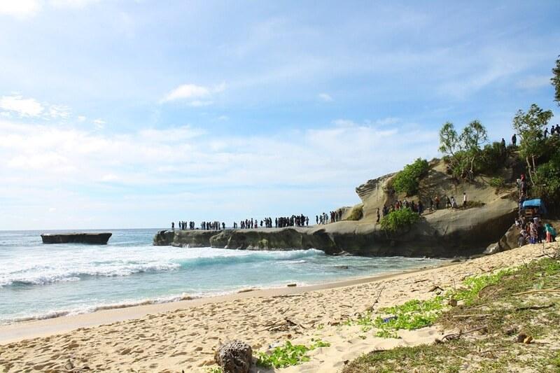 Pantai Batu Alafan