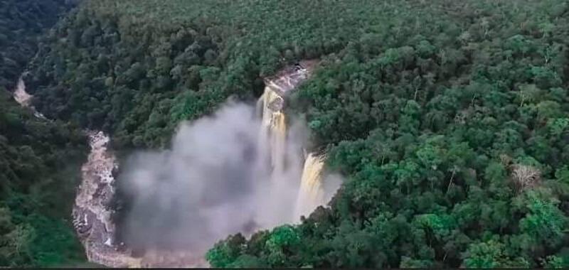 Kemegahan Alam Di Provinsi Seribu Sungai