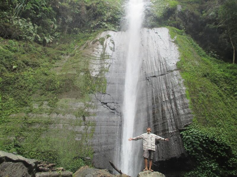 salah satu air terjun tertinggi di jember