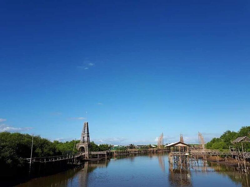 jembatan sederhana namun kece badai