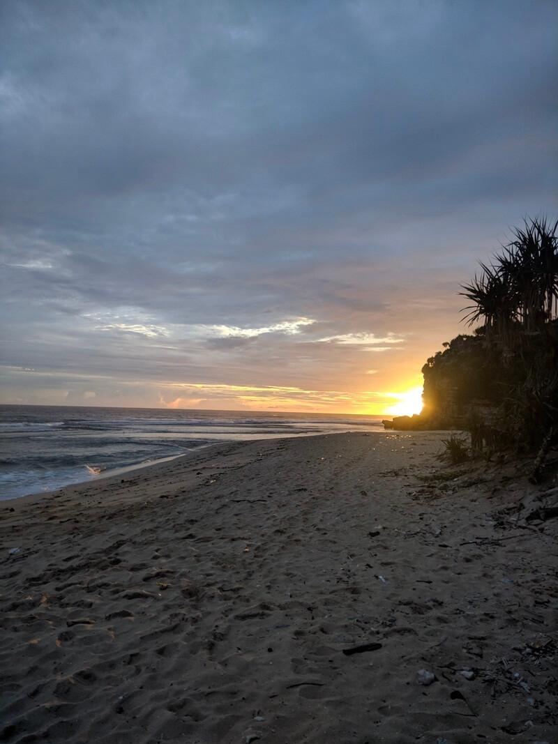 sunset di pantai sanglen